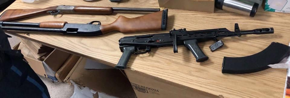 Foto16 Armas apreendidas Brasileiro é preso com rifle AK 47 roubado em Everett (MA)