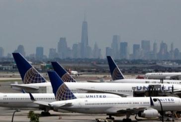 "United Airlines ""espreme"" classe econômica e expande 1ª Classe"