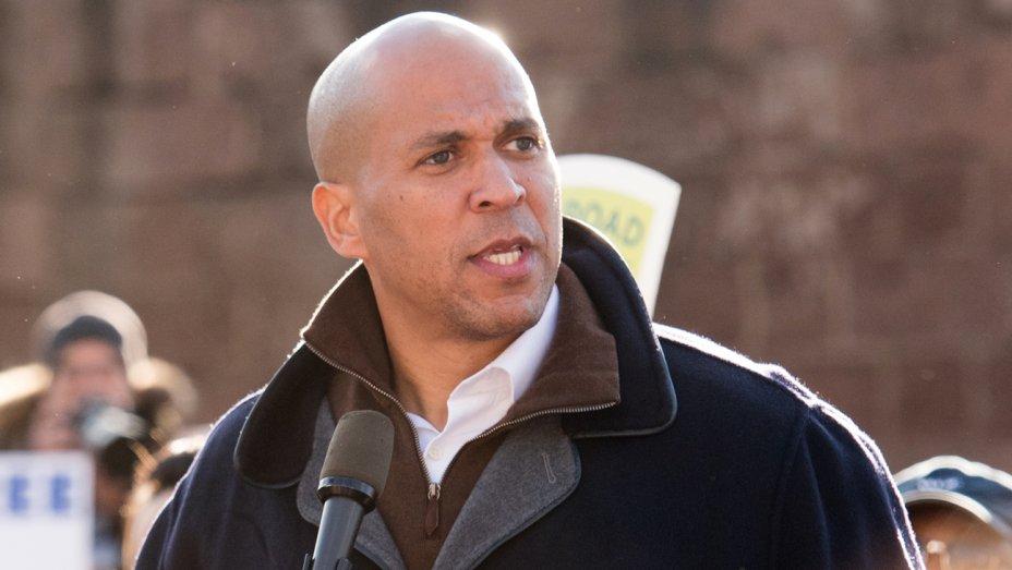 Foto18 Cory Booker Booker usa legalização da maconha em campanha eleitoral