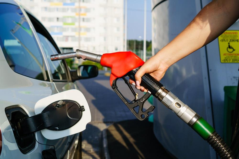 Foto22 Bomba de gasolina Preço da gasolina continua a aumentar em NJ