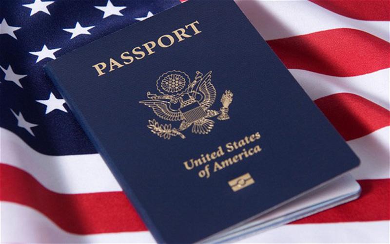 Foto1 Passaporte americano Imigrante assume fraude em aplicação para a cidadania em NJ
