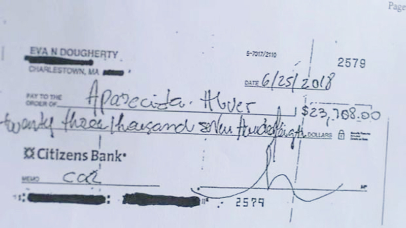 Foto13 Cheque forjado Desaparece faxineira brasileira acusada de roubar US$ 72 mil da patroa