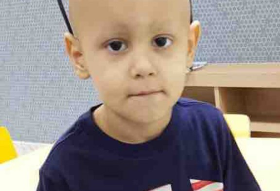 Brasileirinho luta contra câncer no maxilar