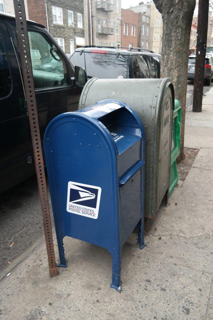 Foto32 Caixa postal Homem admite subornar carteiros para roubar cartões de crédito