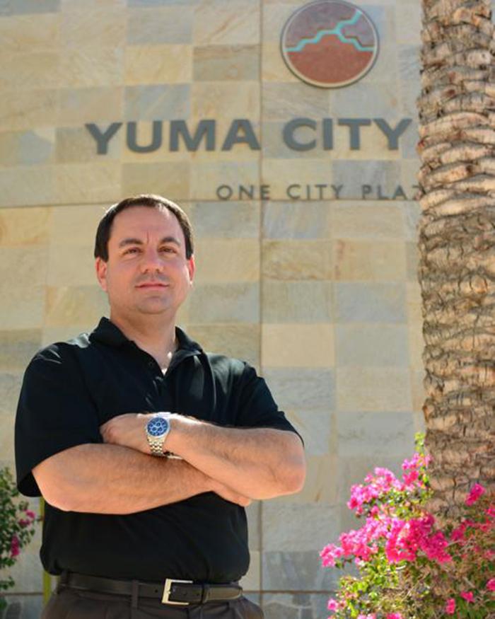 Foto9 Doug Nicholls Imigração: Prefeito declara estado de emergência no Arizona