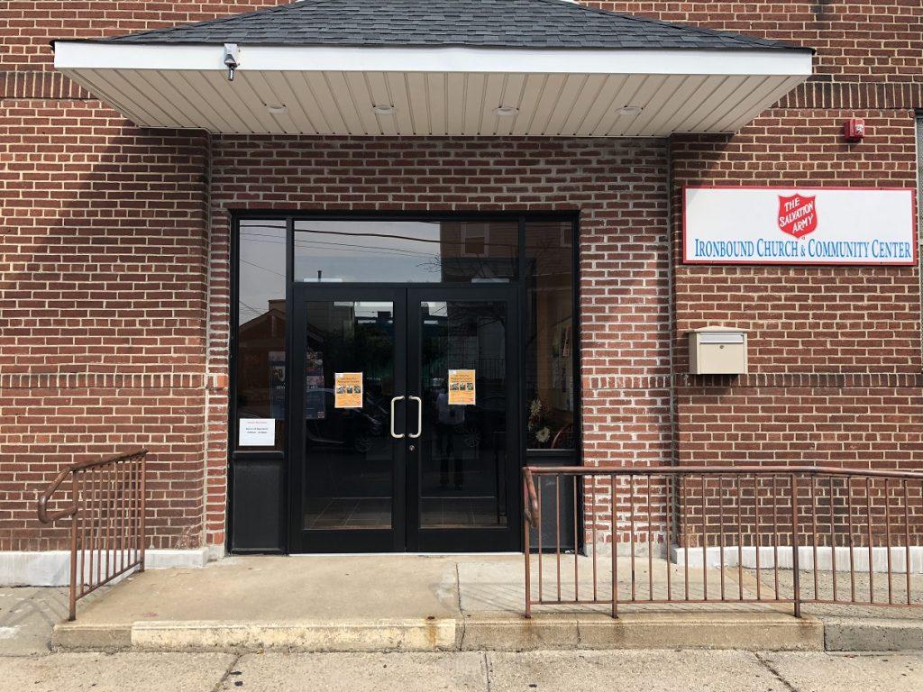 Foto13 The Salvation Army Newark Ironbound Corps Polícia realiza reunião pública sobre segurança em Newark