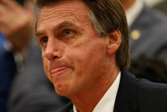 """Blasio """"pediu ao povo para jogar ovo e estrume em mim"""", diz Bolsonaro"""