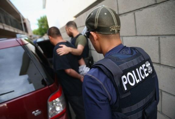 Uma vez protegidos, imigrantes cubanos são deportados dos EUA