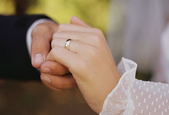 Quase 100 pessoas são presas em esquema de casamentos fraudulentos