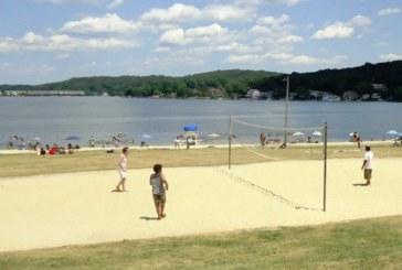 Algas tóxicas provocam o fechamento de 2 praias em lago de NJ