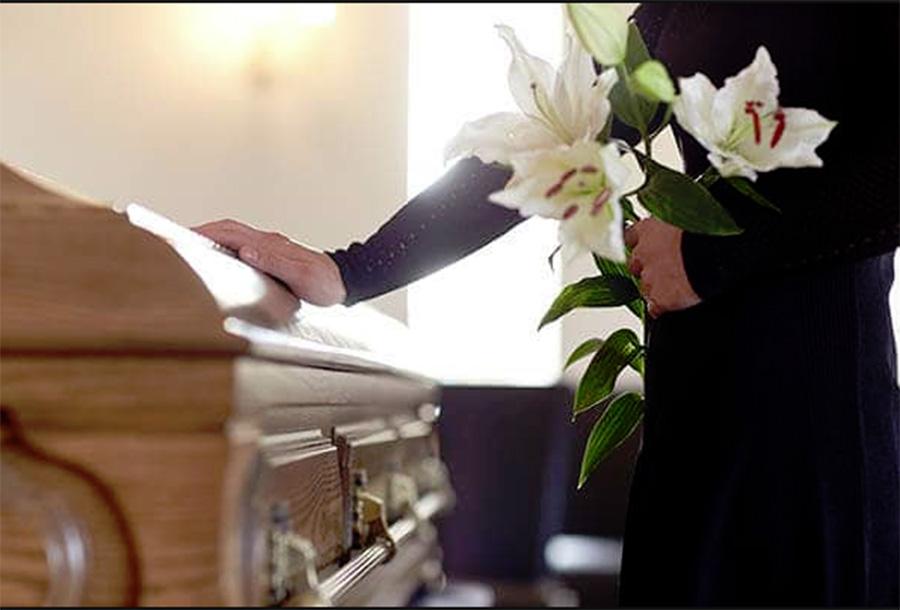 Foto14 Funeral Legisladores avaliam possibilidade de comida em velórios em NJ