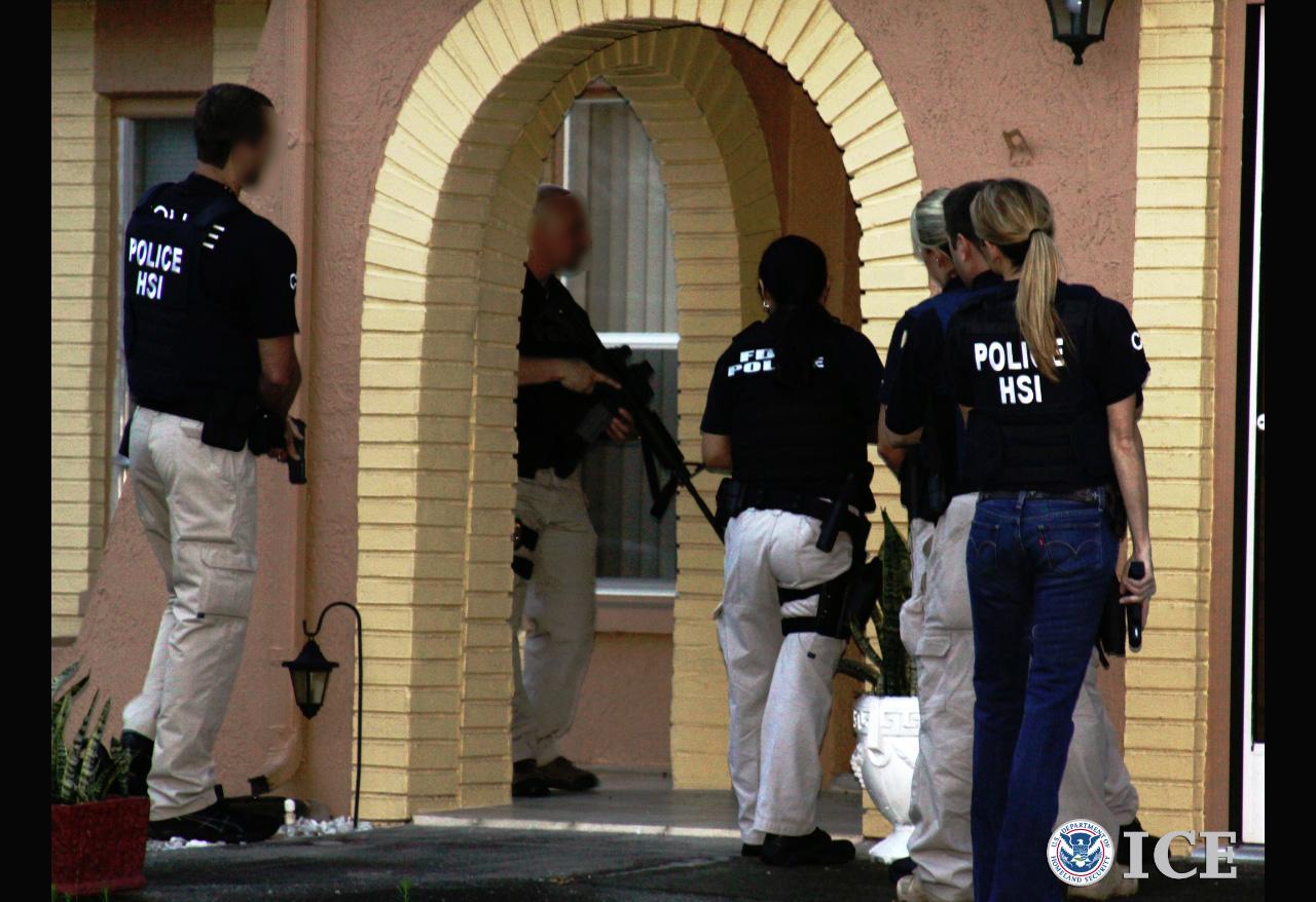 Foto23 Batida do ICE Imigração: Como proceder se for abordado por agentes do ICE?