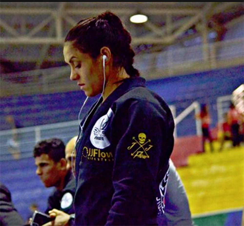 Foto21 Sabatha Lais Faixa Preta brasileira que lutaria em Mundial é barrada na Imigração