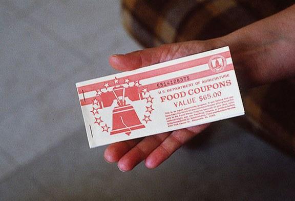 NY, CT, VT e NYC processam política de Trump de restrição a green cards