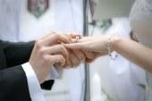 Mulher admite ter arrumado casamentos falsos para imigrantes
