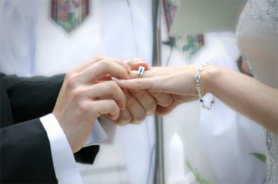 Foto14 Casamento  Mulher admite ter arrumado casamentos falsos para imigrantes