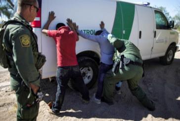Prisões na fronteira EUA-México caem 24% de junho a julho