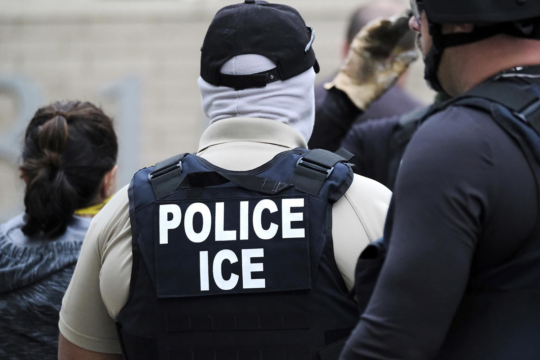 Foto16 Batida ICE ICE: 6 coisas que você precisa saber sobre imigração