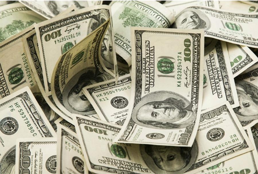 Foto19 Notas de dolar Consulado alerta para fraude e golpes eletrônicos