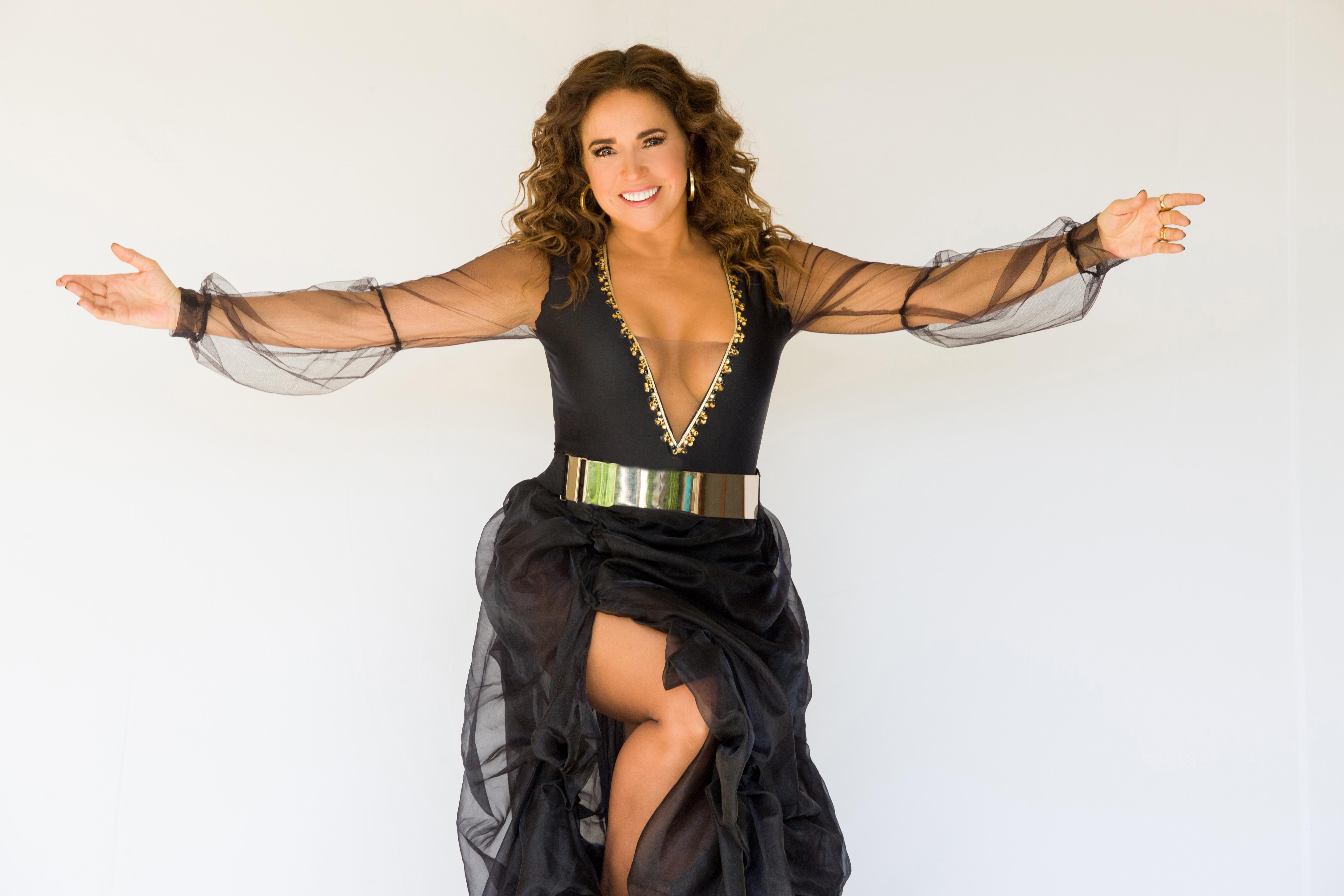 Foto24 Daniela Mercury  Daniela Mercury faz show imperdível noSony Hall, em NY
