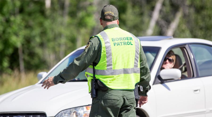 Foto28 Blitz CBP Brasileiros estão entre os 24 presos em blitz do CBP em NH