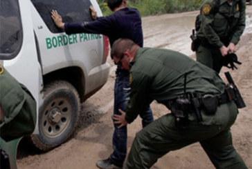 """Acabou o """"Cai-Cai"""": DHS anunciará fim de 'captura e liberação' de imigrantes na fronteira"""