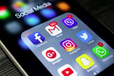 Turista é barrado em aeroporto dos EUA devido às redes sociais