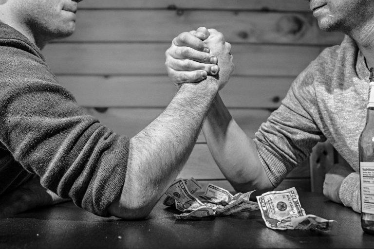 arm wrestling 567950 1280 768x512 Ganha ganha: o jogo dos mestres