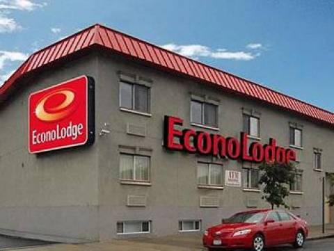 Foto1 Econo Lodge Bronx Vítima de prostituição acusa motéis de ignorarem sinais de abuso em NYC