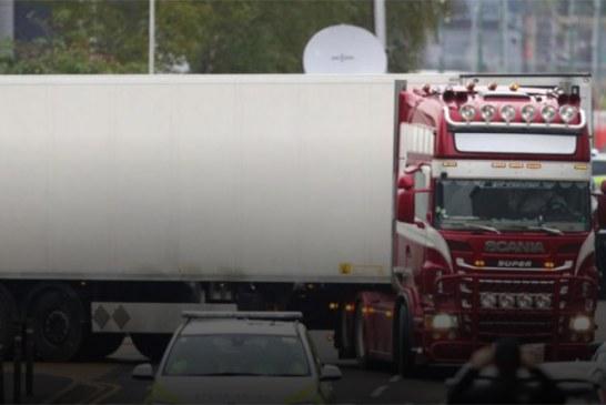 Autoridades: 39 corpos encontrados em caminhão são chineses
