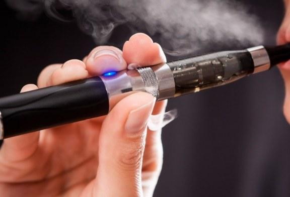 Juul suspenderá venda de cigarros eletrônicos com sabor nos EUA