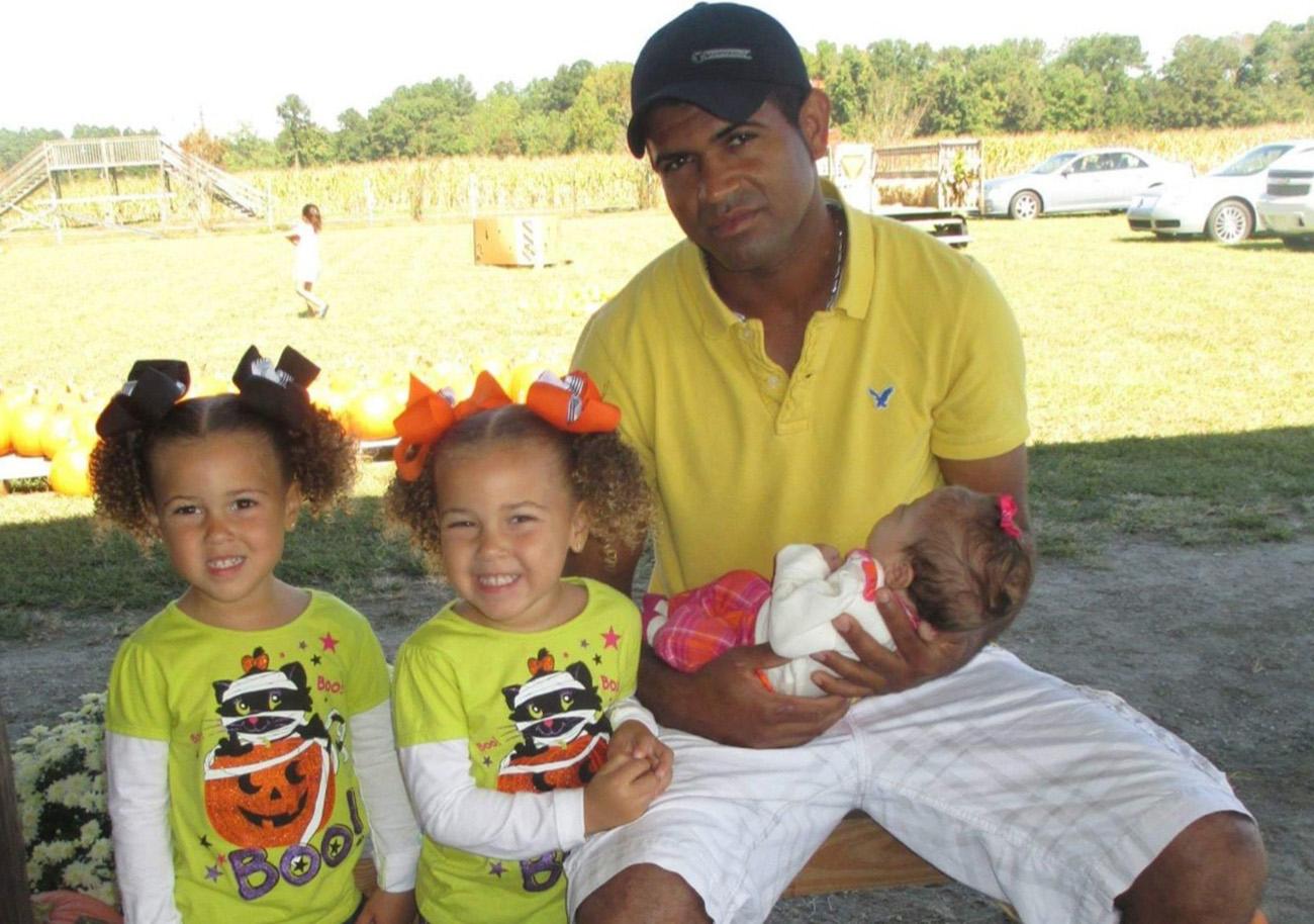 Foto19 Wanderson da Silva e filhas Brasileiro que morreu em New Jersey será sepultado em SC
