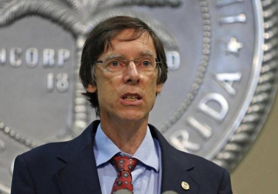 Foto27 Philip Stoddard Polícia e autoridades eleitas terão que acatar pedidos do ICE na FL