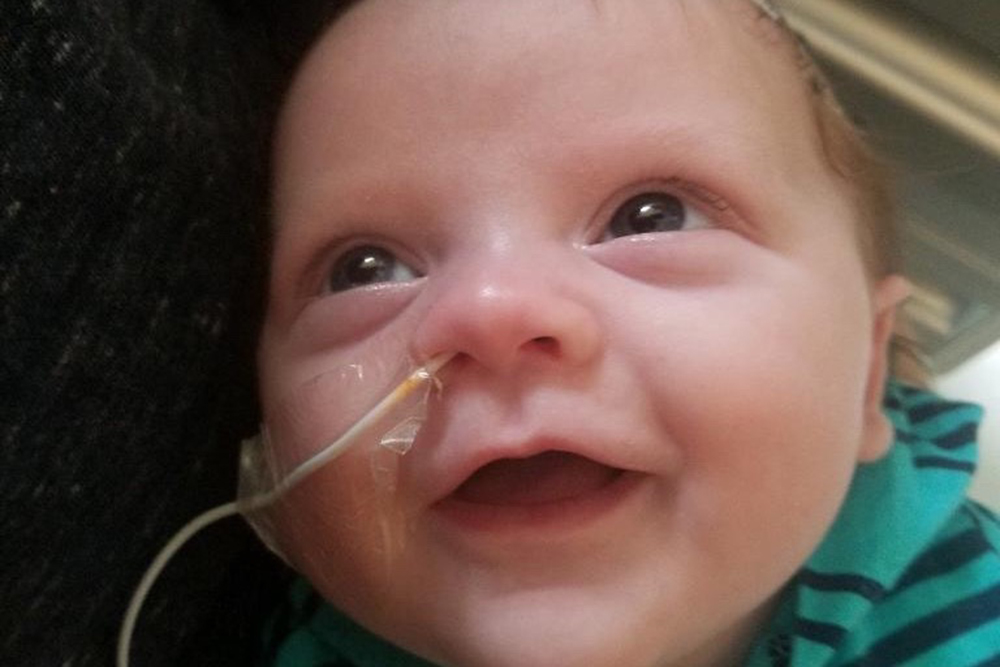 %name Família faz campanha em prol de bebê com problemas cardíacos em MA