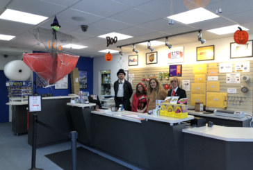 "US Postal Center monta ""Sala Mal Assombrada"" no Halloween"