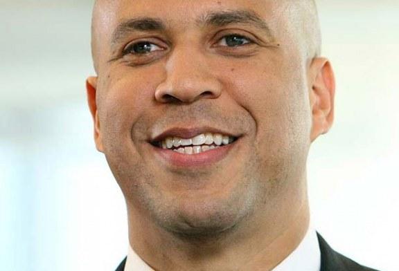 Cory Booker quer reduzir a violência armada nas cidades