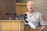 Policial é suspenso por entregar motorista ao ICE