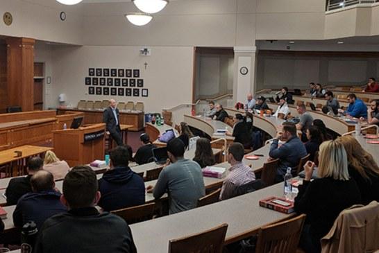 Universidade e ONG unem-se na defesa legal de imigrantes