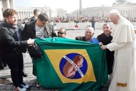 Foto2 Comunidade Jesus Menino e Papa Francisco 274x183 Home page
