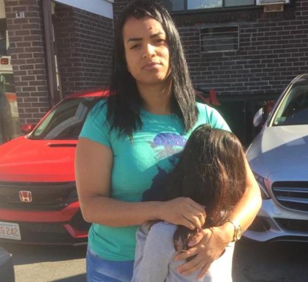 Foto29 Viviane Freitas das Gracas Brasileira pede ajuda para liberação do companheiro preso pelo ICE