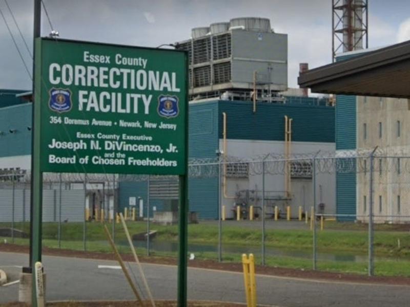 Foto20 Penitenciária do Condado de Essex  Ex detento do ICE processa penitenciária de Newark (NJ)