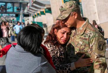 """""""Era Trump"""": Imigração deporta mãe de fuzileiro dos EUA"""