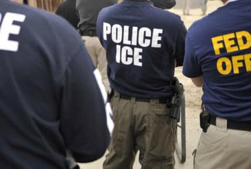 ICE prende indocumentado que fugiu de acidente de carro fatal