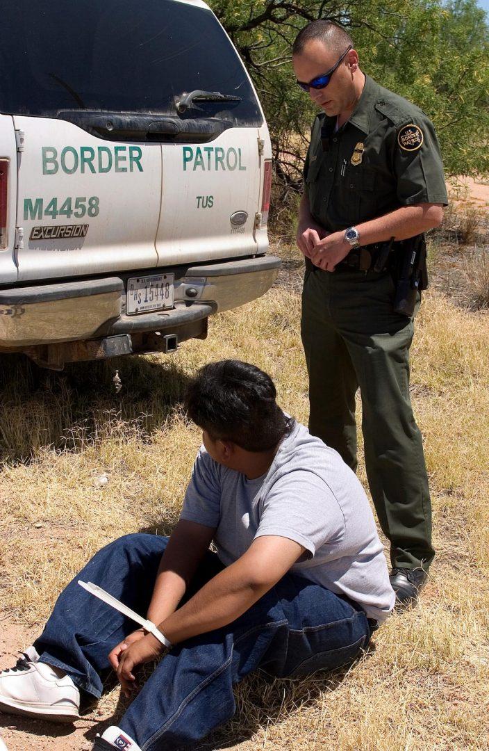 Foto19 Prisao CBP scaled EUA avalia envio ao México de brasileiros detidos na fronteira
