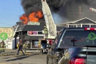 Incêndio destrói bar de go-go em New Jersey