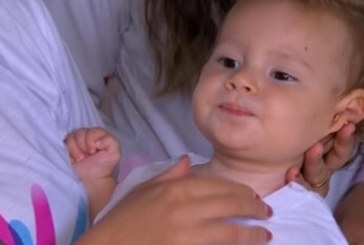 Brasileirinha precisa de ajuda para tratar síndrome rara nos EUA