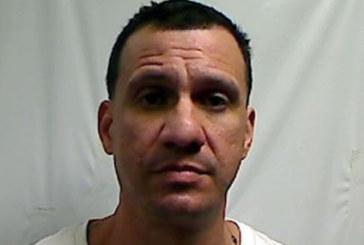 Foragido deportado em MA é acusado de roubo e sequestro no Brasil