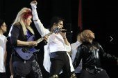 Rodrigo Teaser presta tributo a Michael Jackson no Apollo Theater