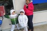 Após marido deportado, valadarense quer voltar com filhos ao Brasil