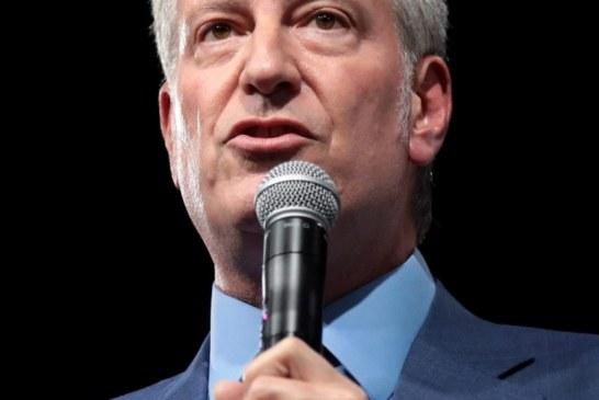 NY: Blasio admite que criminalidade tem a ver com reforma de fianças
